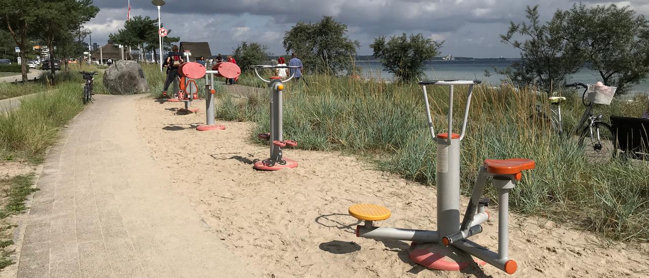 Fitness-Parcours an der Strandpromenade Scharbeutz